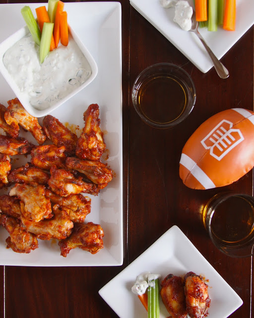 foodie fridays: bourbon wings with blue cheese sauce ...