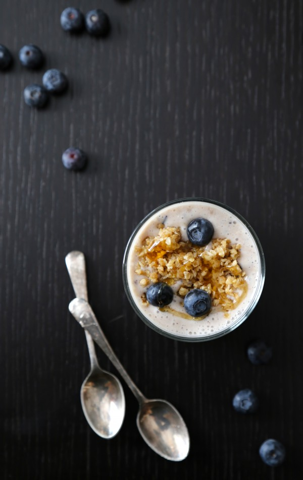 blueberry lemon oat smoothie with blueberry streusel topping  www.climbinggriermountain.com