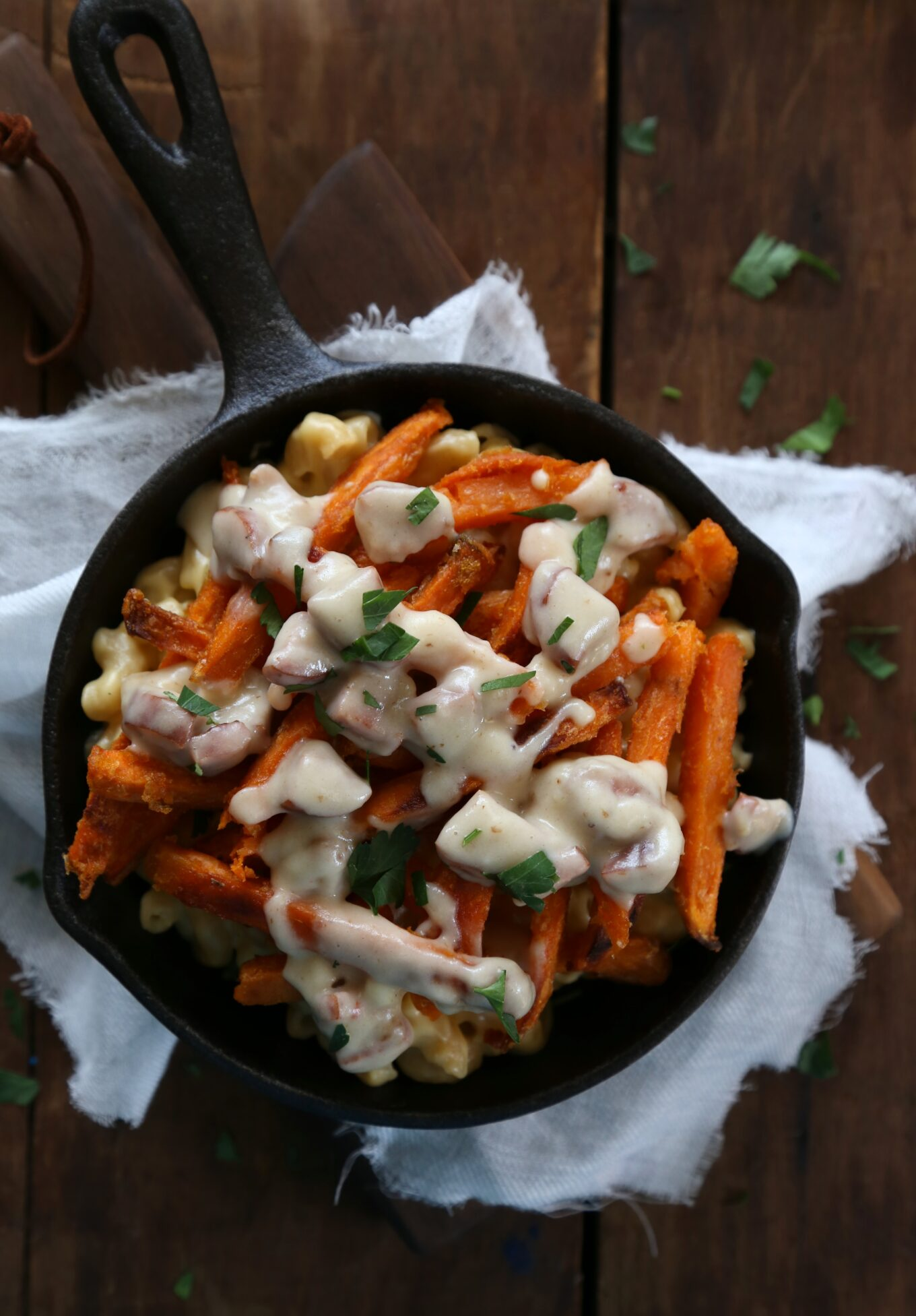 Poutine Mac And Cheese With Andouille Gravy Climbing