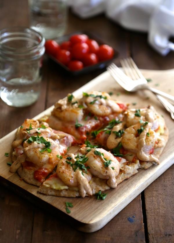 shrimp and grit naan pizza with cajun remoulade sauce www.climbinggriermountain.com