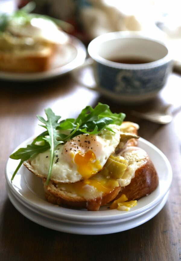 open-faced artichoke & arugula sandwiches with sunny-side up egg www.climbinggriermountain.com