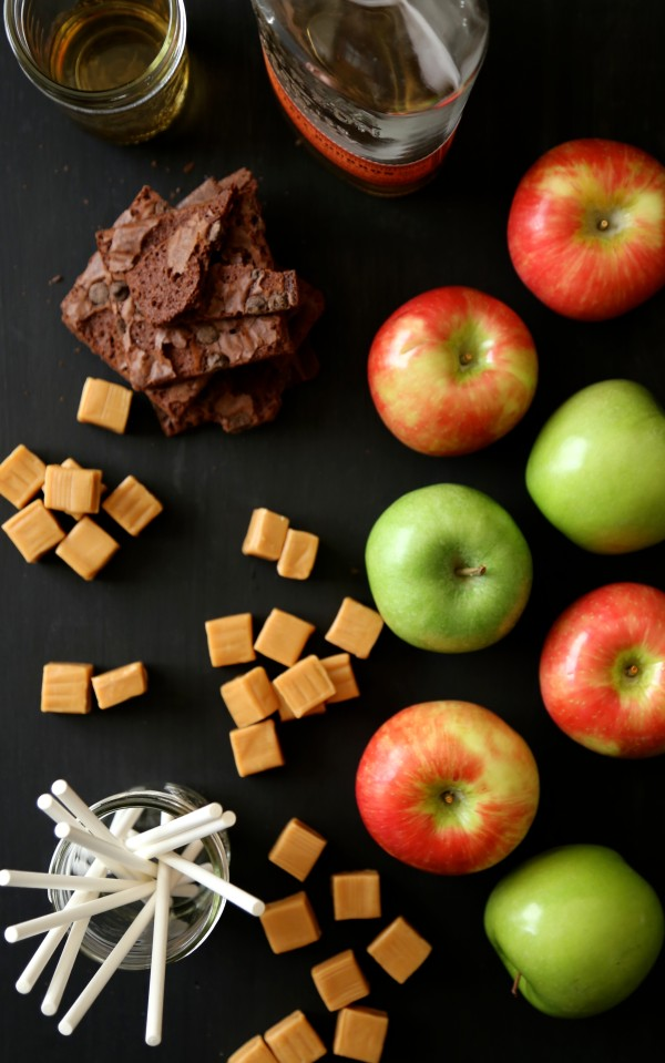 easy bourbon caramel apples with chocolate chip brownie brittle