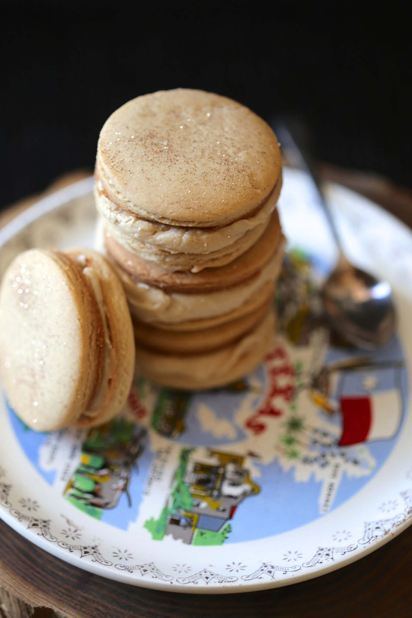 brown sugar & spice cookie sandwiches with brown butter ...