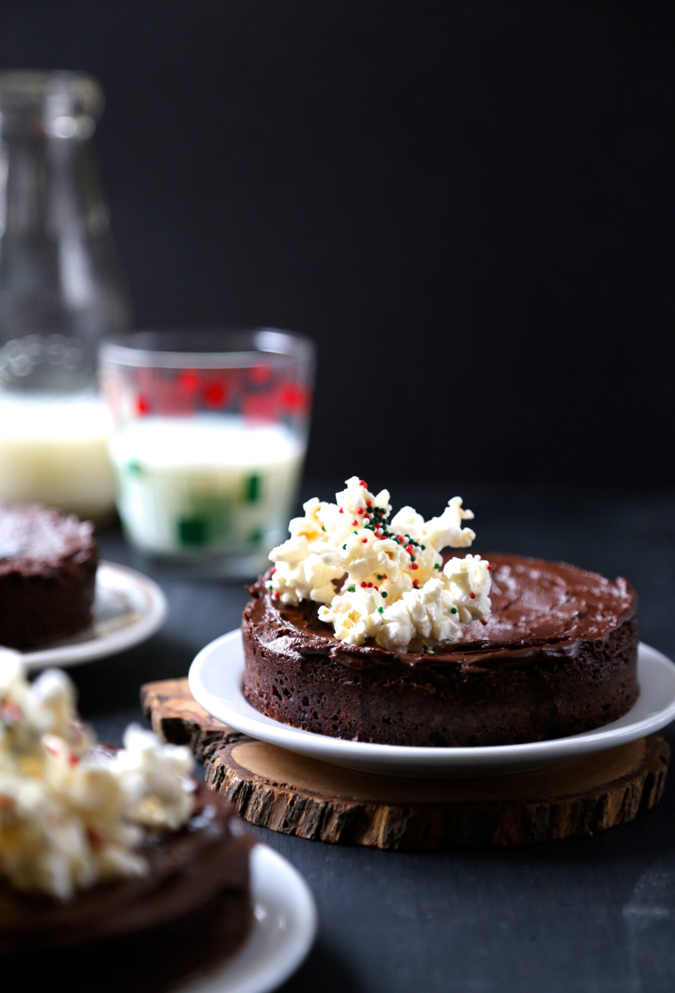 foodie fridays: mini chocolate brownies with peppermint frosting ...