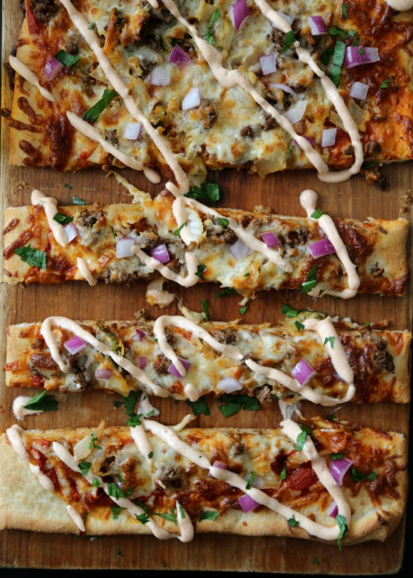 Beef & Caramelized Kimchi Pizza with Sriracha Greek Yogurt www.climbinggriermountain.comII