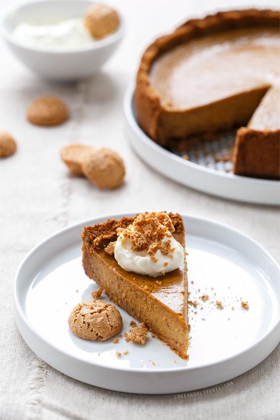 amaretti-pumpkin-pie2