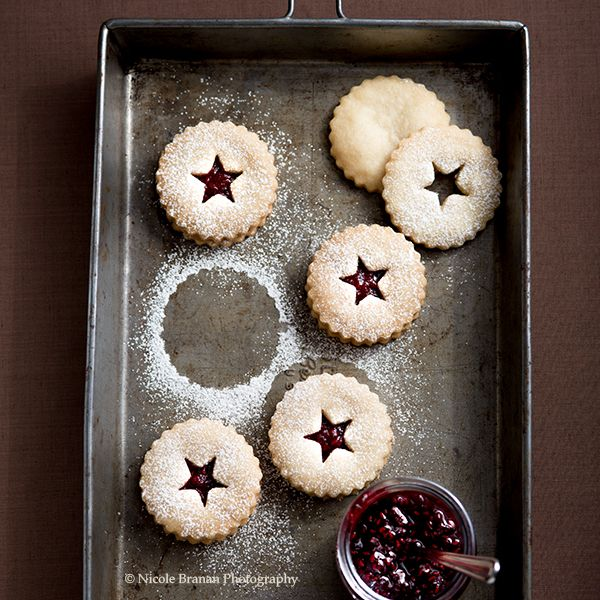 chocolate covered strawberry linzer cookies chocolate moosey - Creative Christmas Cookies