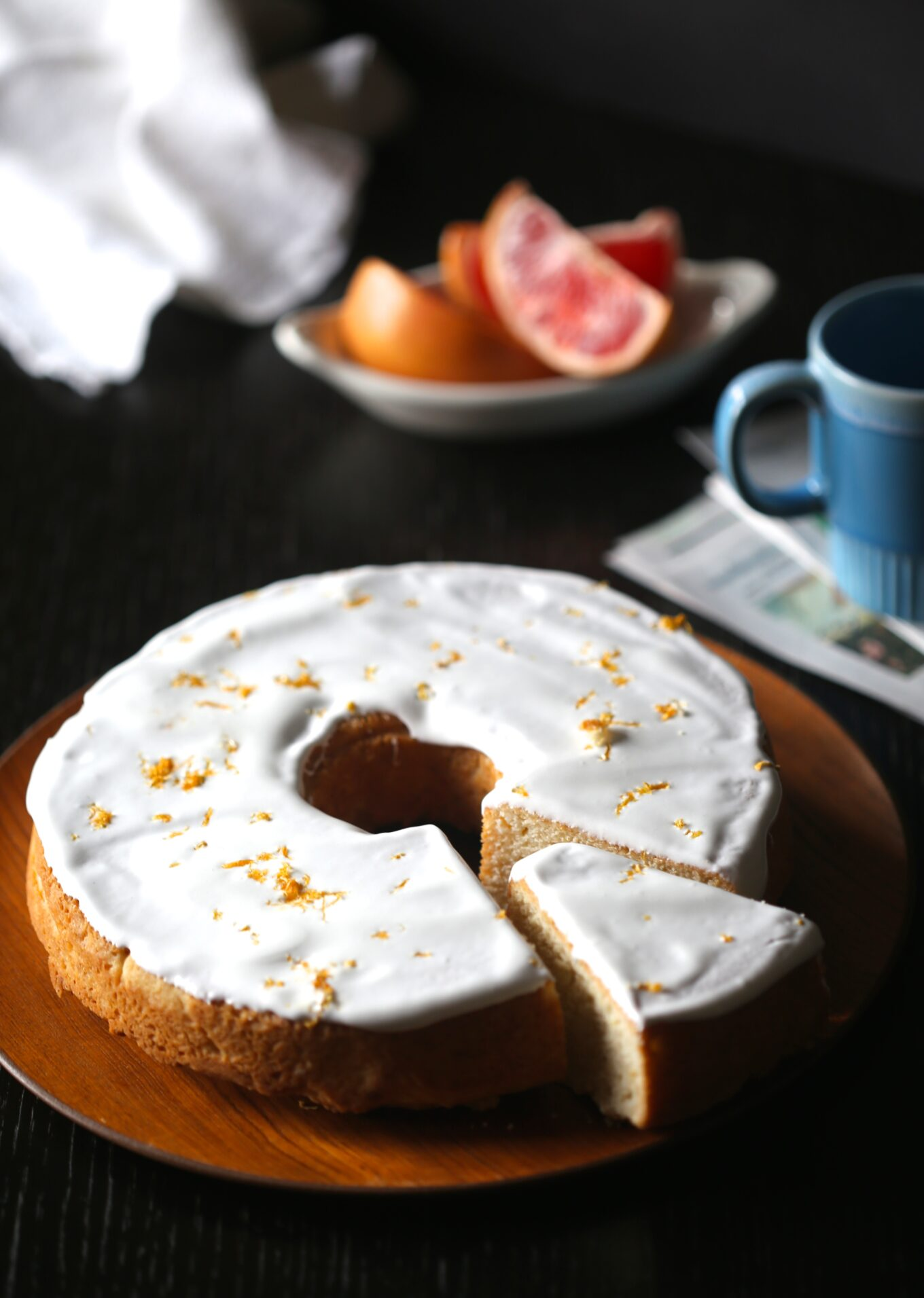grapefruit pound cake with ginger marshmallow icing - Climbing Grier ...