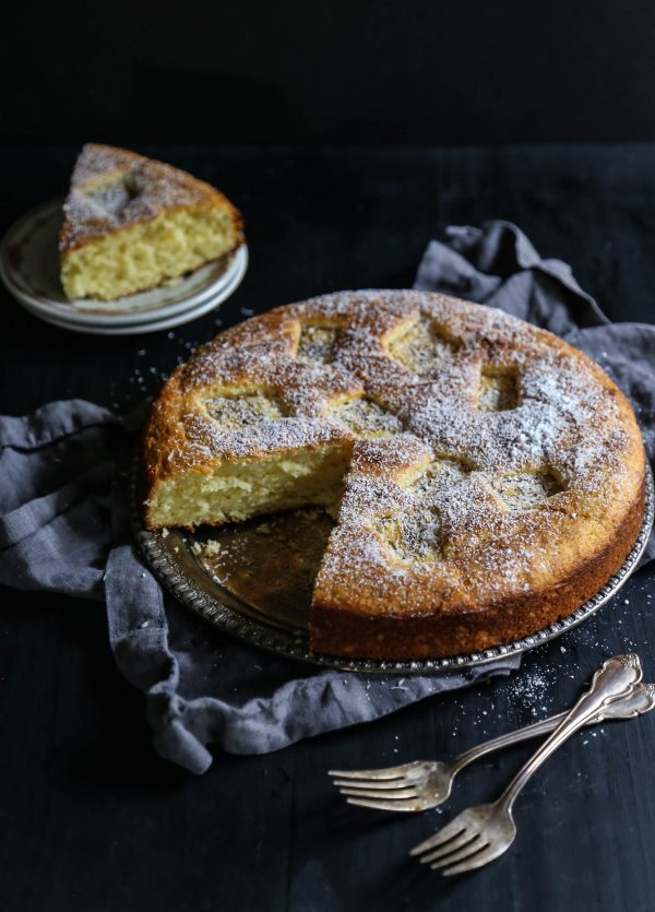 Easy Grilled Pineapple Ricotta Cake www.climbinggriermountain.com I