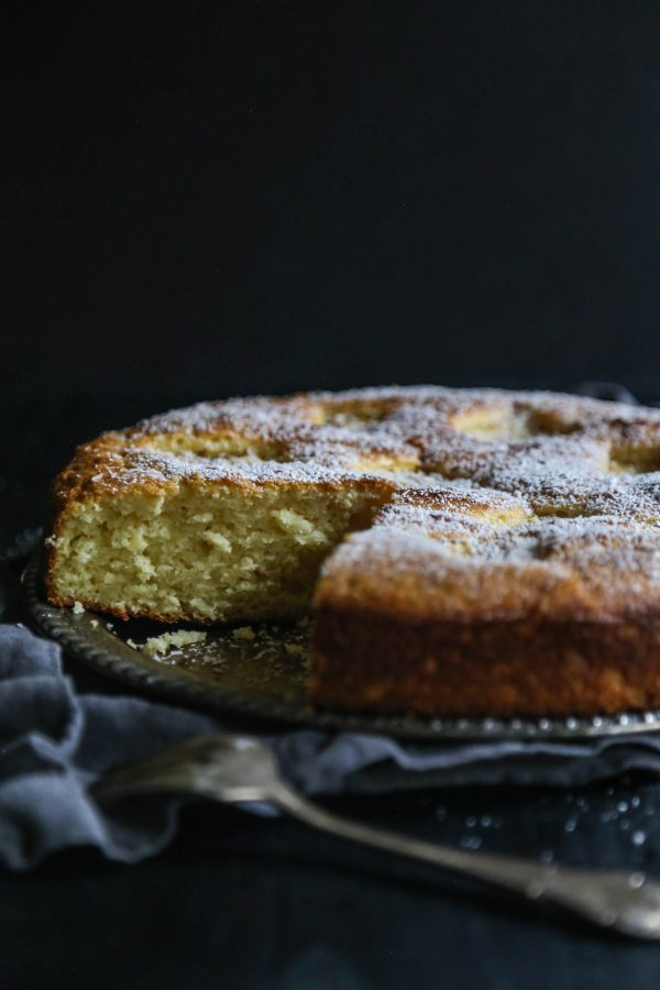 Easy Grilled Pineapple Ricotta Cake www.climbinggriermountain.com II