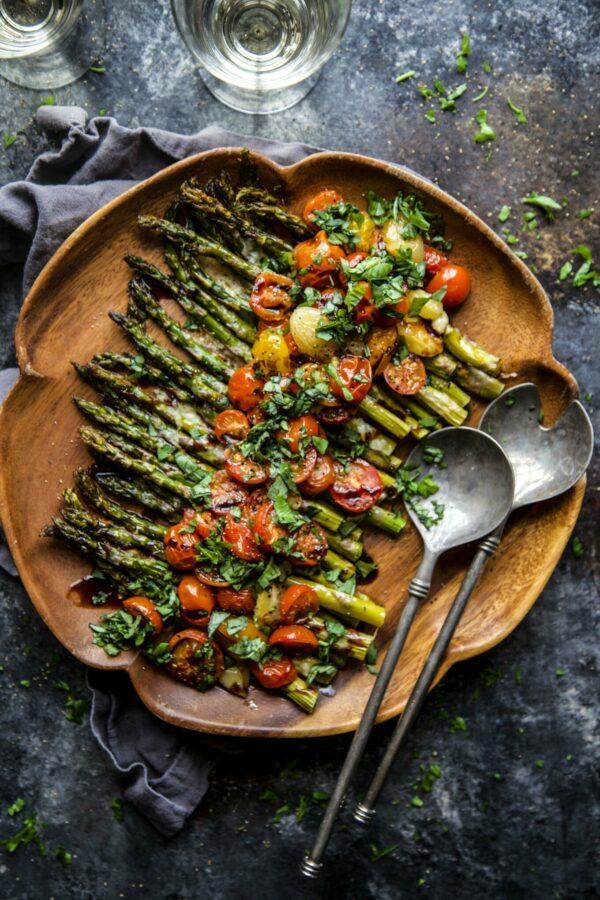 caprese roasted asparagus