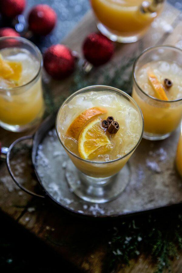 Christmas Citrus-Cinnamon Punch