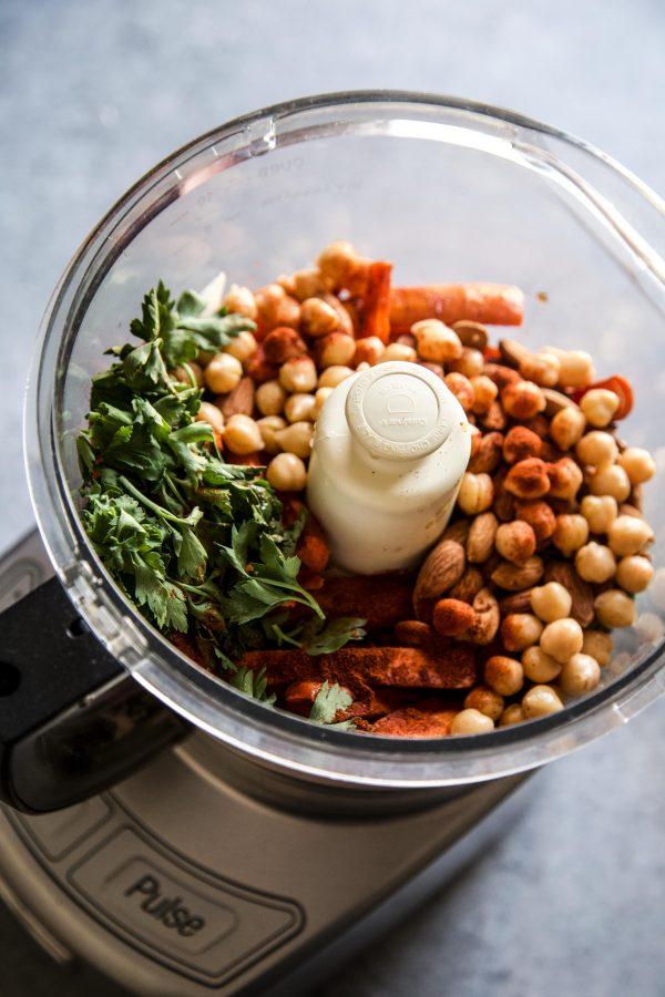 carrot dip ingredients in food processor