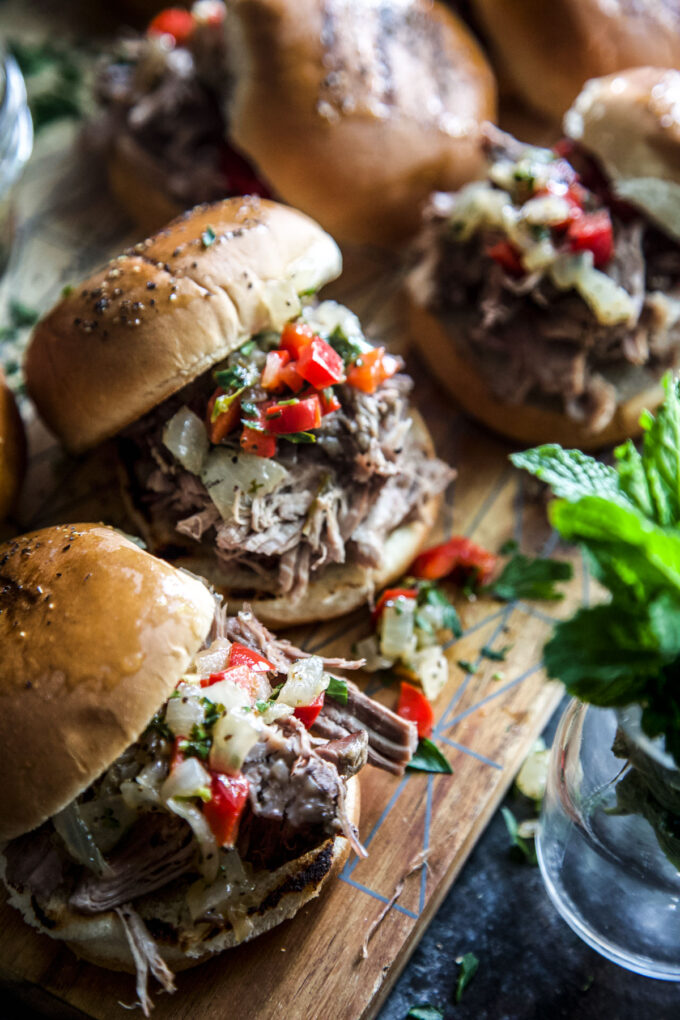 slow cooker shredded lamb sliders with pepper relish www.thecuriousplate.com